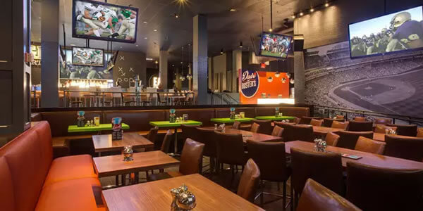 Dave and Buster's Interior